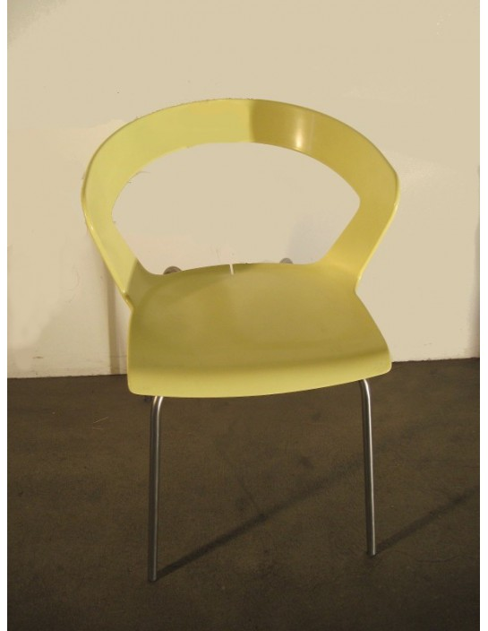 Armlehnstuhl in gelb