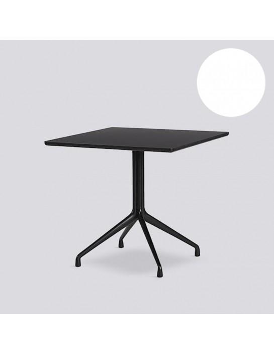 Tisch AAT15 von HAY