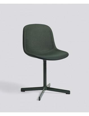 Stuhl Neu10 mit Sitzpolster von HAY