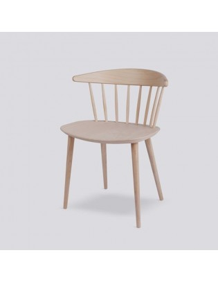 Stuhl J104 von HAY