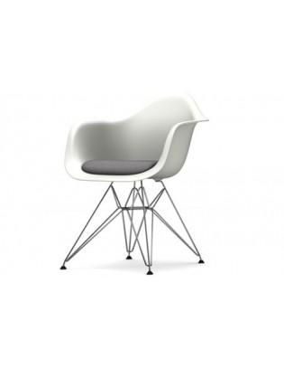 Stuhl Eames Plastic Chair DAR von Vitra mit Sitzpolster