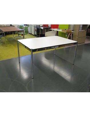 USM Haller Tisch Oberfläche...