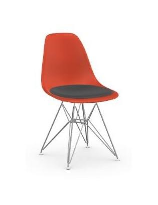 Stuhl Eames Plastic Chair DSR von Vitra mit Sitzpolster
