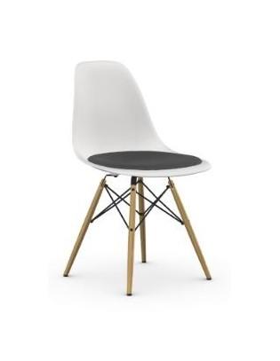 Stuhl Eames Plastic Chair DSW von Vitra mit Sitzpolster