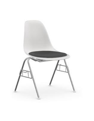Stuhl Eames Plastic Side Chair DSS Vitra mit Sitzpolster