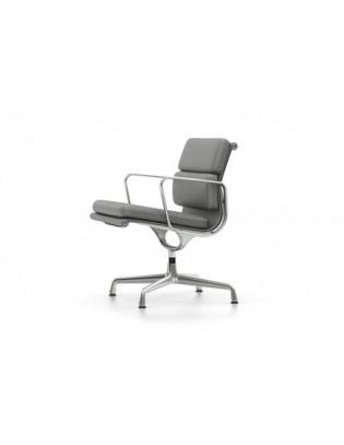 Soft Pad Chair EA 207 von Vitra