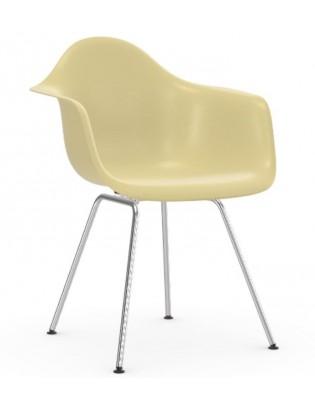 Stuhl Eames Fiberglass Armchairs DAX von Vitra