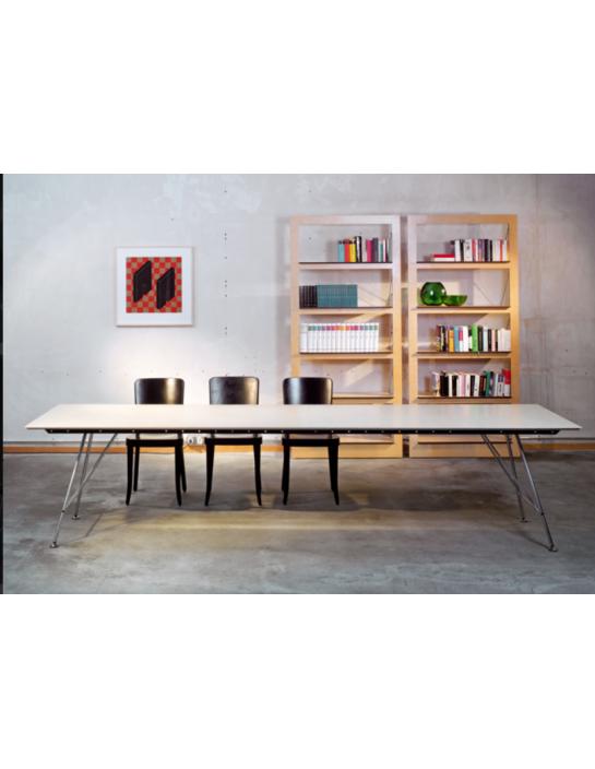 unistandardtisch von atelier alinea. Black Bedroom Furniture Sets. Home Design Ideas
