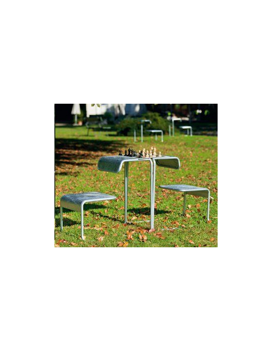 Basilea-Stuhl von Atelier Alinea