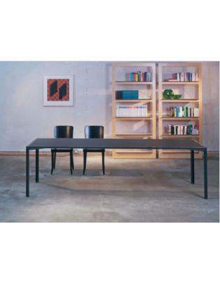 Wetli-Tisch 0084 von Atelier Alinea