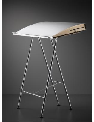 Uni-Stehpult von Atelier Alinea